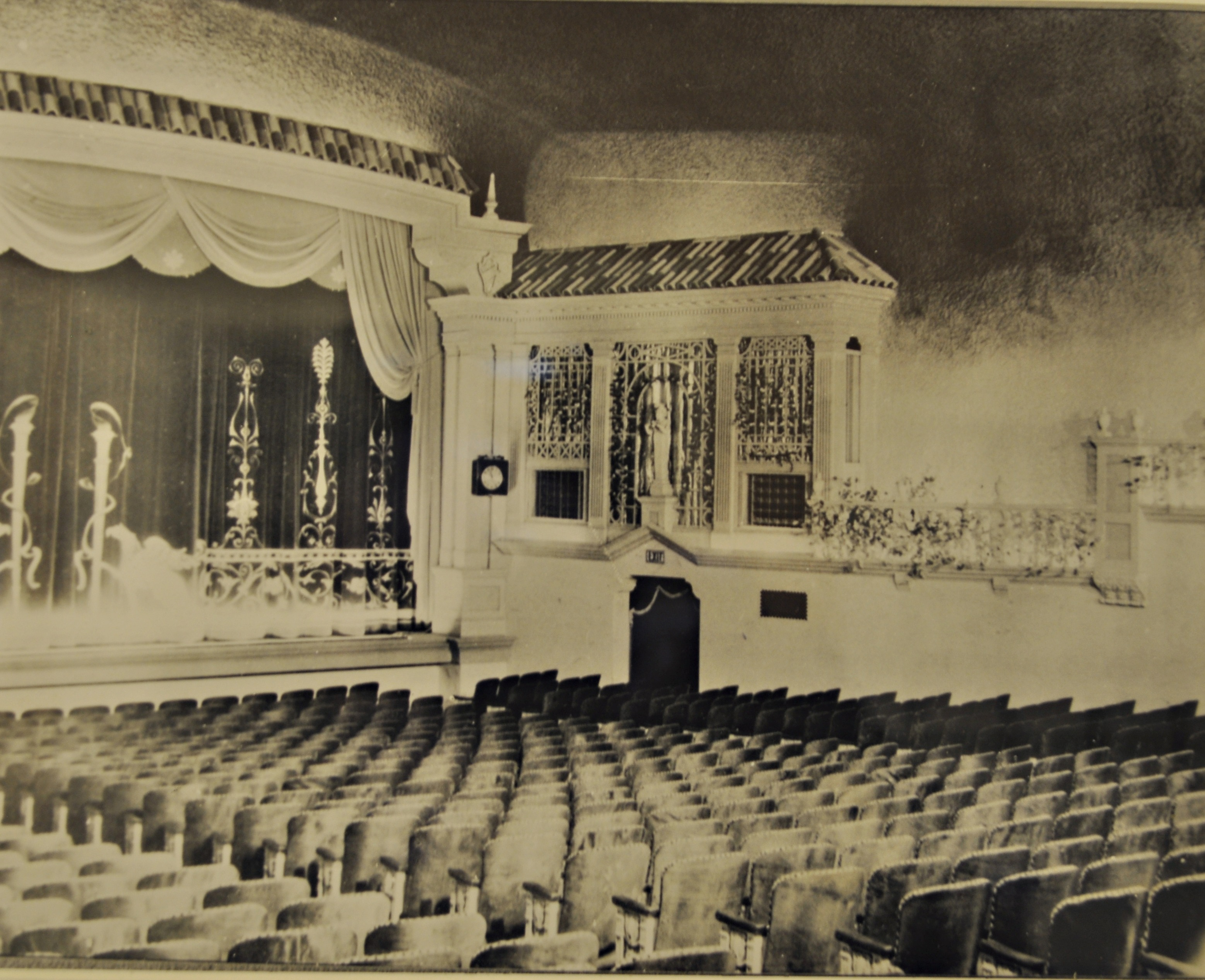 TT Auditorium OLD